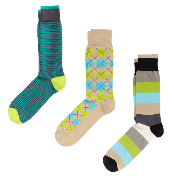 Men's Dress Hosiery. Put your best foot forward with Men's Dress Socks from Kohl's. Men's Dress Hosiery provides subtle style that can make a big impact on your formal look.