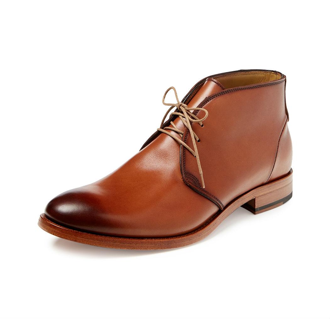 gorgeous burnished chukka boots