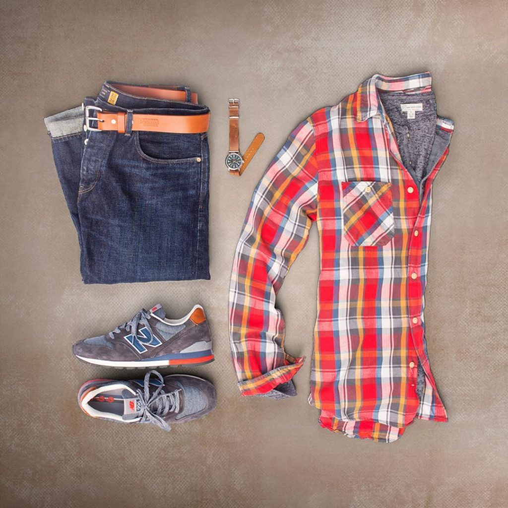 dark rinse denim plaid flannel and sneaks. mens fashion